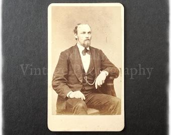 Carte de Visite CDV Photograph of a Seated Man - Photographer Unknown