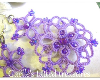 Lilac hand tatted earrings