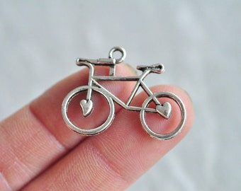 25pcs Antique Silver Bike Charm Pendant Bicycle Ancient Cycle 22x31mm PP743