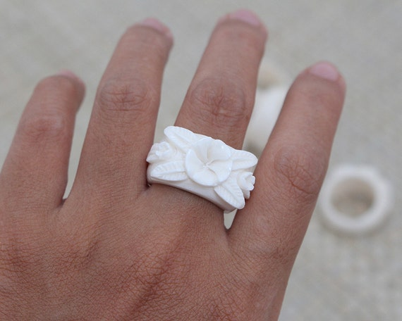 Flower Bone Ring, Bali Bone Carving Jewelry