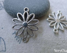 30 pcs of Antique Silver Filigree Daisy Flower Connector Charms 19x25mm A7597