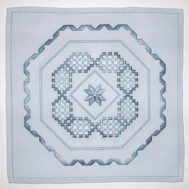 Ribbons bows hardanger pattern from heartfeltdesigns1 for Best selling home decor etsy