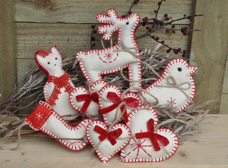 Felt christmas ornaments set cat reindeer bird by for Cat christmas ornaments craft