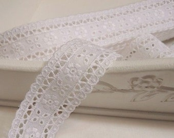 "10+free 4yds Embroidery cotton ribbon eyelet lace trim 1.6""(3.3cm) white YH1073 laceking2013"