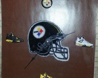 NFL Pittsburgh Steelers Clock