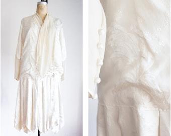 1920s flapper silk brocade damask wedding dress / size small medium
