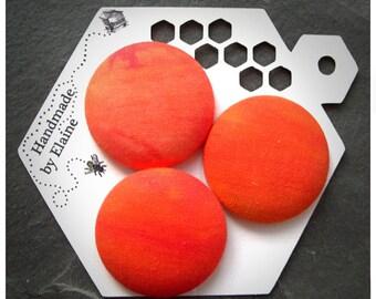 Fabric Covered Buttons - 3 x 38mm buttons, orange button, sunset button, plain tangerine button, large coat button, handmade button, 0596
