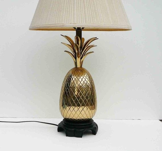 vintage large brass pineapple lamp hollywood regency mid. Black Bedroom Furniture Sets. Home Design Ideas