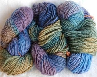 "YARN SALE Hand Dyed Fleece Artist ""Africa"" 100% Wool - Mermaid"