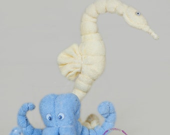 Washcloth seahorse