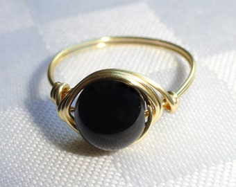 Gold onyx wire ring,  Onyx wire wrapped ring, Gemstone ring, Gold onyx ring, Black stone ring, Stone ring, Custom stone ring
