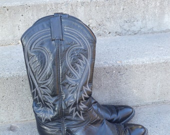 Mens 9 1/2 D Black Tony Lama Cowboy Boots