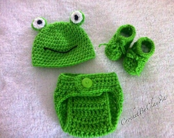 Crochet Frog Costume Photo Prop/ Made to Order