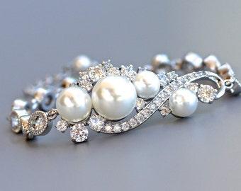 Bridal Bracelet, Pearl and Crystal bracelet, Wedding Jewelry, Bridal Jewelry, Bridesmaid Bracelet