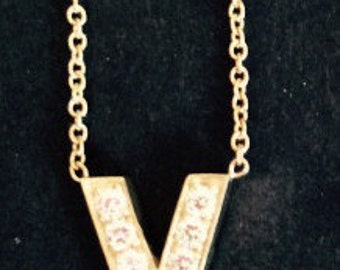 14K Gold Diamond Necklace V