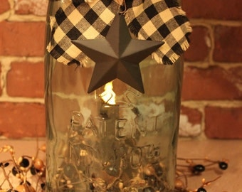 1 Gallon Mason Patent 1858 Replica Jar with Grungy LED Timer Battery Light, Berry Ring and Black Star