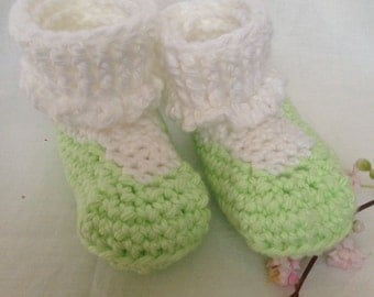 Green and white cotton baby booties, Green and white Baby shoes, Crochet Baby booties, Crochet baby socks