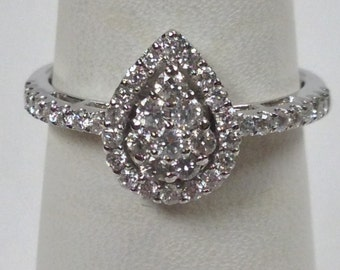Genuine Diamond Engagement Ring Solid 18kt White Gold Ring