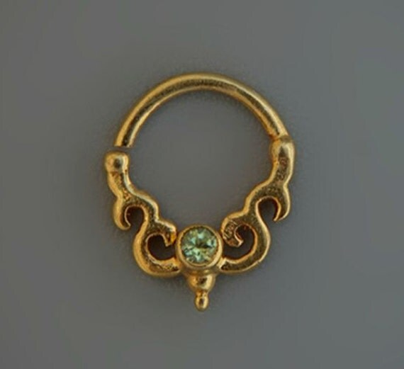 unique gold septum ring for pierced nose with peridot