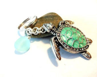 Sea Turtle Keychain, Sea Glass Key Chain, Beach Accessory, Wire Wrapped Sea Foam Green Sea Glass Keychain, Gift for Turtle Lover