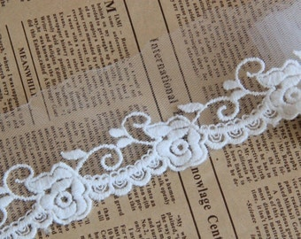Embroidery Tulle Rose Lace Trim in Off White, 5cm Width,  3 yards (HY)