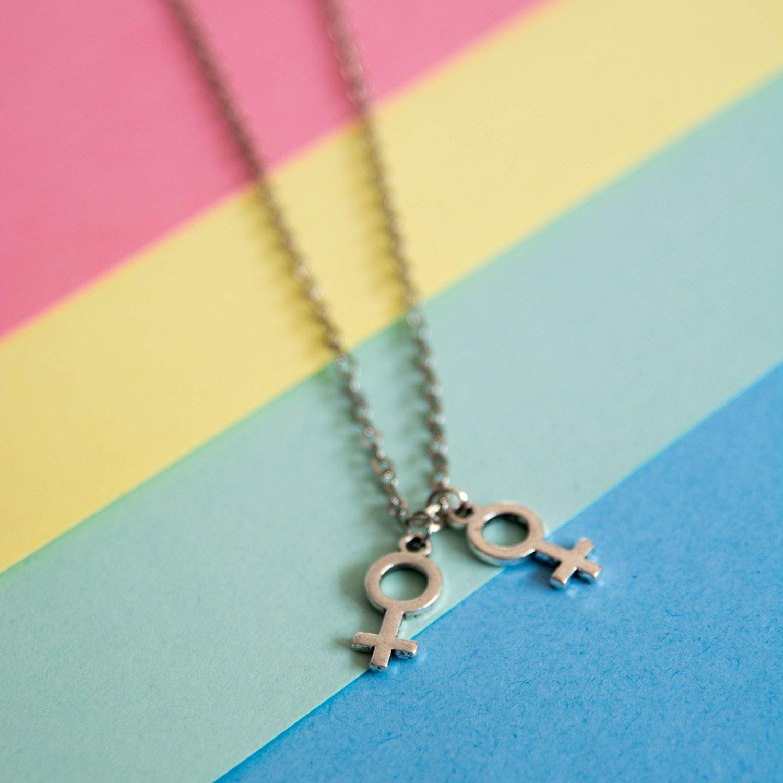 Lesbian Necklace 121