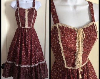 Vintage 1970s Prairie Gypsy Corset Sun Dress looks size Small 25 inch Waist Lace Up All Cotton