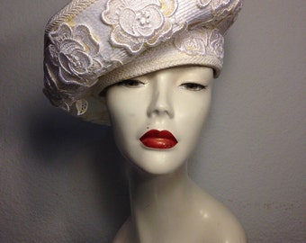 FREE  SHIPPING  Large Straw Womans Hat