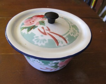 Cottage Chic Floral Enamal Bowl with Lid