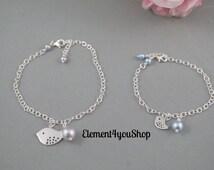 Mother daughter bracelets, charm bracelet, silver chain, bird charm, Swarovski pearl, Set of 2 bracelets, Simple gift, Bridesmaid girl gift
