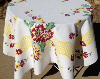 Cottage Chic Vintage 1950s Floral Cotton Tablecloth – Bright Yellow Gingham Scalloped Border with Wine and Yellow Flowers, Mint Leaves