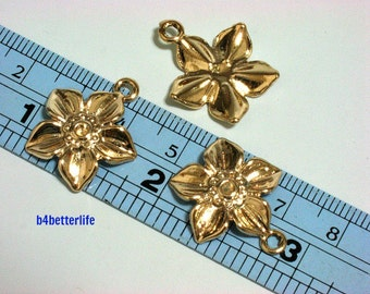 "Lot of 24pcs ""Gold Flower"" Gold Color Plated Metal Charms. #XX28w."