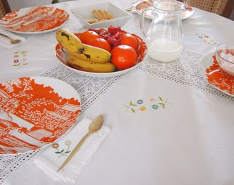 Vintage 1970s Tablecloth & Napkin Set - 1970s White Cotton Crochet Embroidered Hemstitch Tablecloth