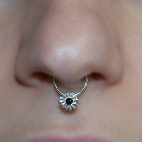 Septum Ring - Silver 6mm Flower Nose Ring 2mm Onyx - Helix Ring - Tragus Piercing - Septum Hoop - Nipple Jewelry - Cartilage Ring 16 gauge