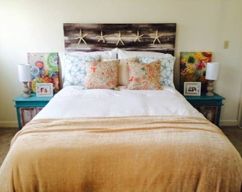 Coastal Headboard in a Whitewashed Distressed Tone with Starfish
