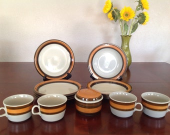"""Vintage Rorstrand Sweden """"Annika"""" Pattern - 11 piece Dinnerware Set"""