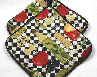 "Italian Pot Holders/Hot Pads - ""Italian Pesto"" w/Black Trim - Designer - Very Thick - Great Gift for Kitchen Item - Gift under 15"