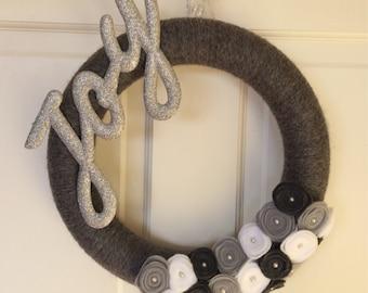 Winter yarn wreath, silver wreath, joy wreath