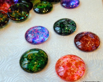 5 mixed colours abstract spray painted glass cabochons flat backs - 25mm round