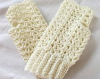 Crochet Gloves, Texting Gloves, Cream Gloves, Fingerless Gloves, Boho, Lacy, Acrylic, Neutral