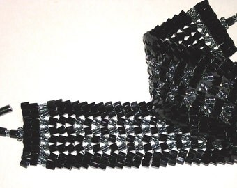 Black and Silver Glass Bead Herringbone Pattern Bracelet