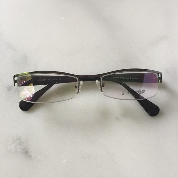 Semi rimless metal reading glasses Shiny silver by LookEyewear