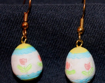 Easter eggs with pink tulips earrings