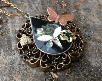Necklace - Vintage Inlaid Mother Of Pearl