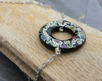 Necklace-Floral Circle