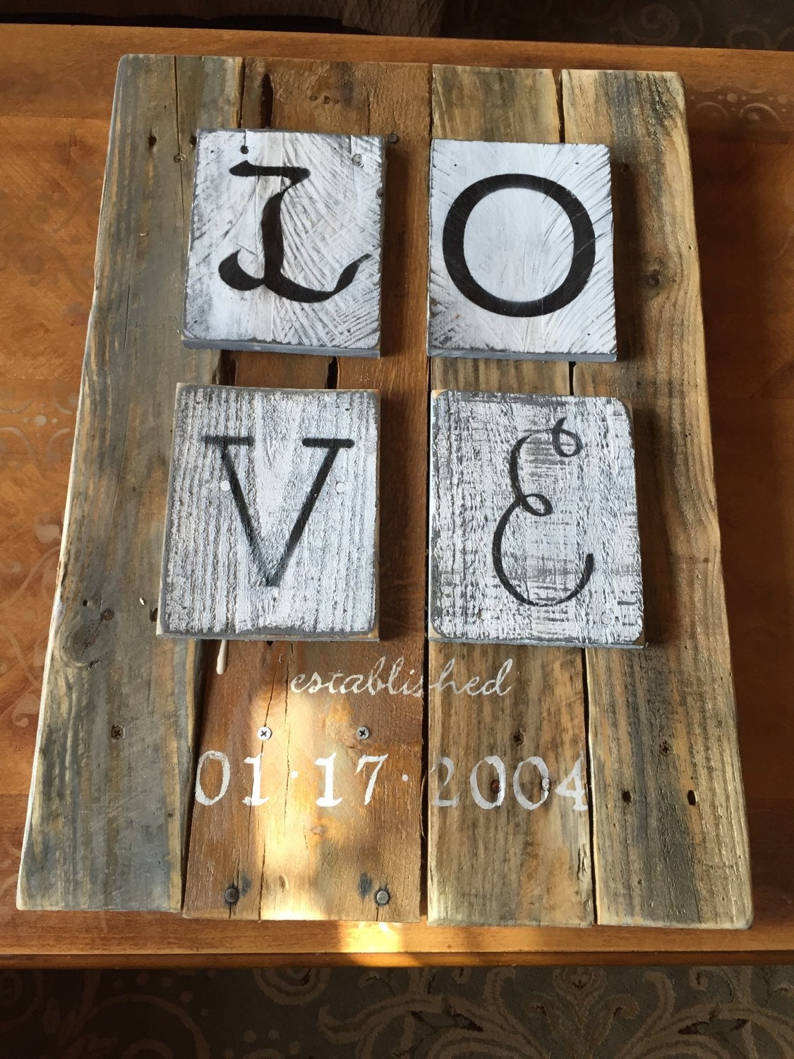 Rustic shabby chic love pallet wood by soulsisterpalletshop for Pallet shabby chic