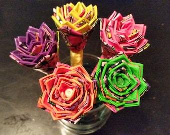 Highlighter Flower pens. Duct tape pens. Duck tape pins.Colorful pens. Centerpiece flowers. Decorative flowers. Flower decorations.