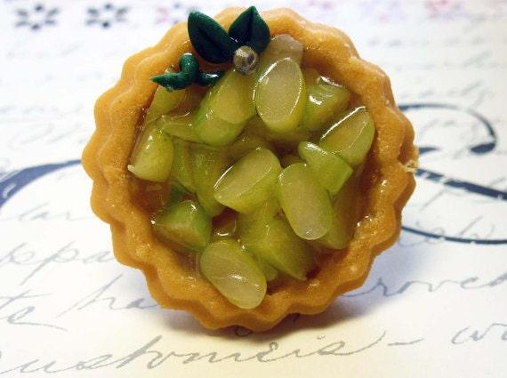 Apple Pie Ring