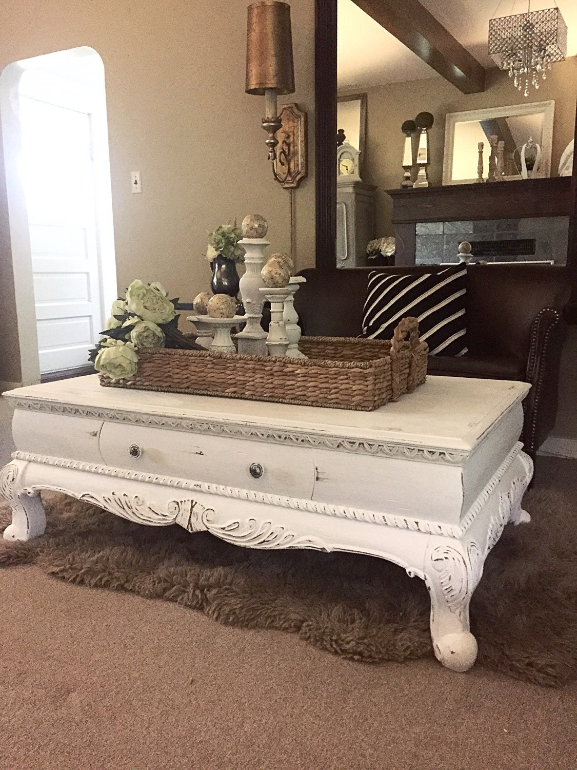 white chalk paint coffee table rustic furniture farm house. Black Bedroom Furniture Sets. Home Design Ideas
