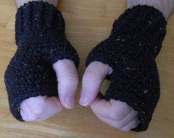 Men's Fingerless Mittens, Glolves in Black with Brown Fleck's